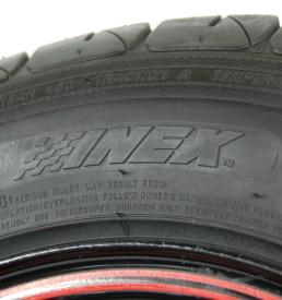 Renkaan höyläys / tire cutting
