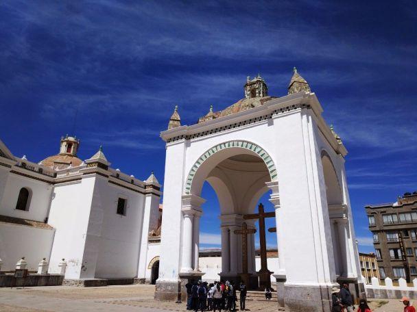 copacabana basilica bolivia