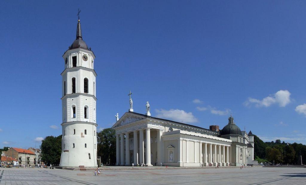 que ver en vilnius en dos dias capital de lituania