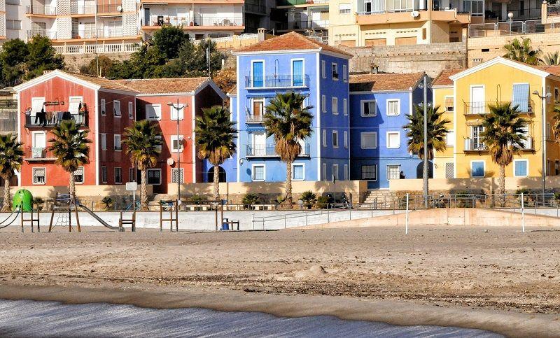 villajoyosa mejores playas alicante con niños