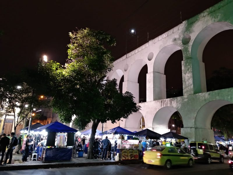que visitar en Rio de janeiro de noche gratis