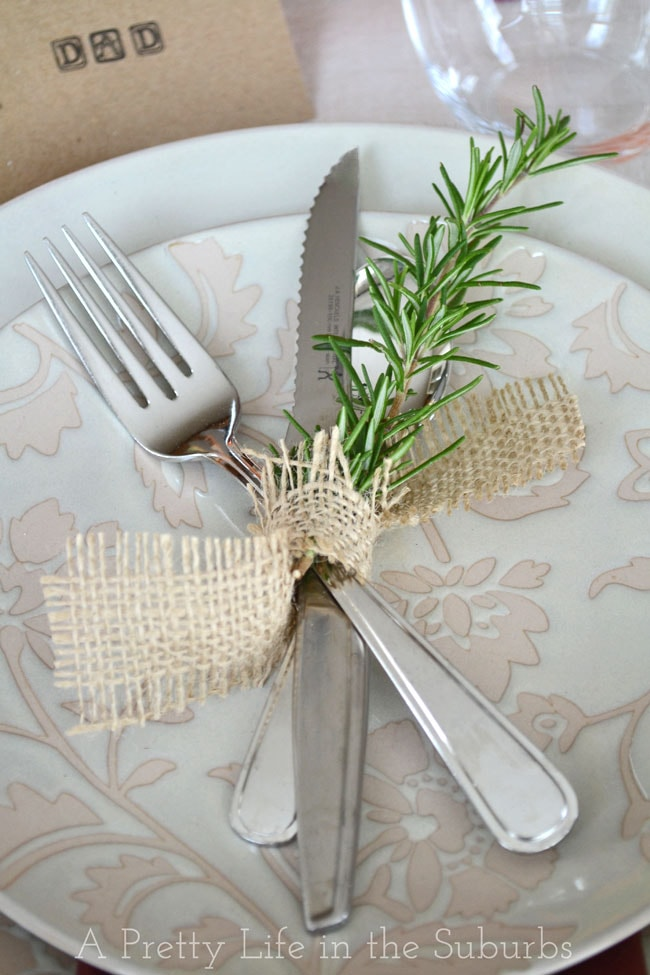 Simple Ideas For A Thanksgiving Table Setting A Pretty