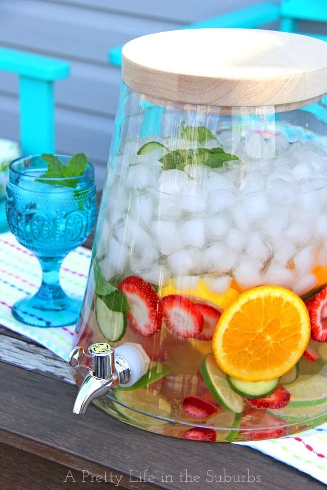 Easy Amp Delicious Flavoured Waters A Pretty Life In The