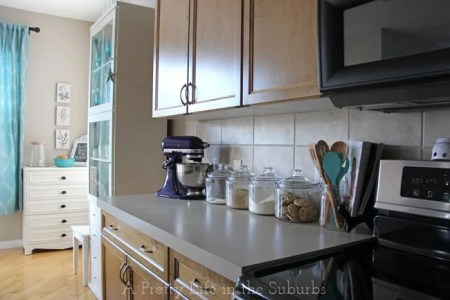 Have a Cleaner Kitchen Every Day in 10 Easy Steps    A Pretty Life     My Kitchen Tour 3 A Pretty Life