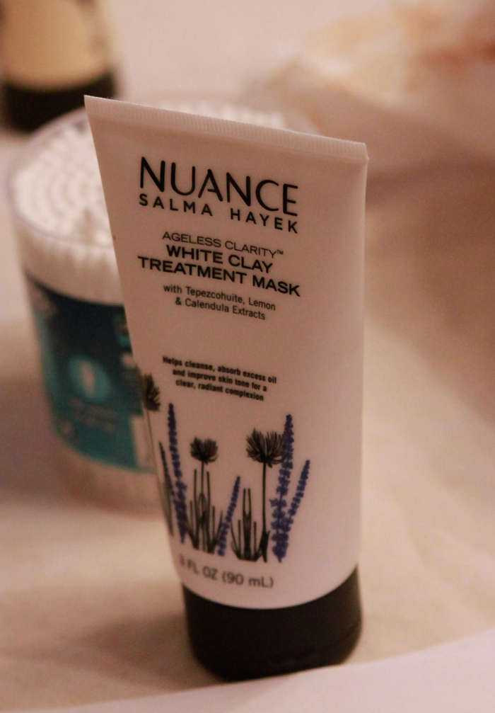 nuance-salma-hayek-white-mask