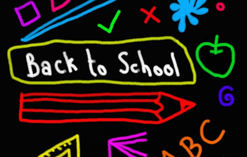 9 Tips for Saving on Back-to-School Expenses | AprilNoelle.com