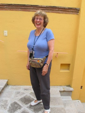 Carole in contrasting colors