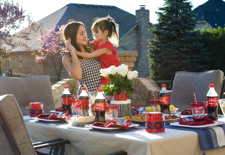 #shop , #icecoldsummermoments , target, collective bias , outdoor tablescape, memorial day, mommy and me