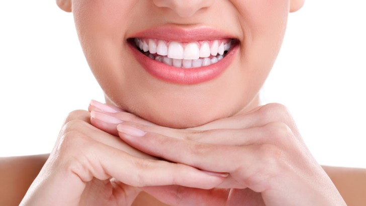 Here Are Ways To Whiten Your Teeth