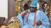 Nigerians React as Oba Of Lagos Claims Hoodlum Stole $2m, N17m In His Palace