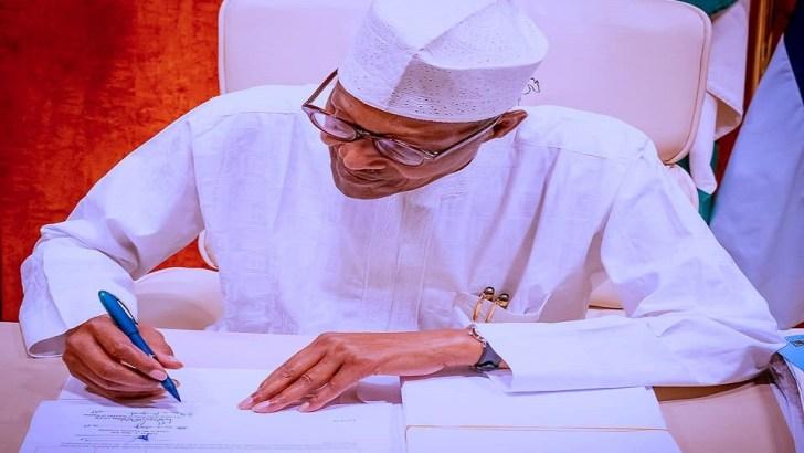 Buhari Asks Senate to Amend Petroleum Industry Act