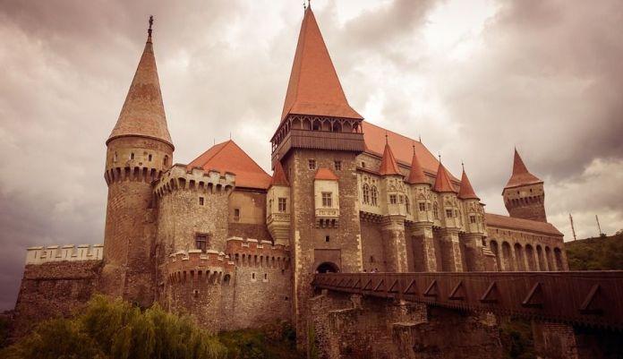castillo-de-hunedoara