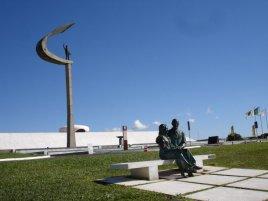 O Memorial JK, homenagem ao ex-presidente Juscelino Kubitschek, projetado em 1980 e inaugurado um ano depois, em Brasília (DF)