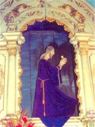 Altar da capela com destaque para a escultura de roca do Senhor do Horto. Foto de F.F. Camargo Filho (2006).