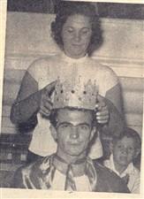 Foram coroados o rei e a rainha do carnaval. Olavo Raimundo, que recebeu a coroa de Dona Nida Dedini Ricciardi e S. M. Hodiberta de Jorge foi corada por Arnaldo Ricciardi