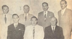 Alguns componentes da diretoria do C. C. R. C. C. Da esquerda para a direita: Nylton B. de Souza, José C. Prates, Raul Helú. José Corder, Thelmo Otero, Dr. Ermor Zambello (Presidente) e Carlos Carraro.
