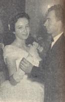 Em sua grande valsa, Amelia Seghesi Fogaça teve para para cavalheiro o Sr. Antonio Francisco Aleoni