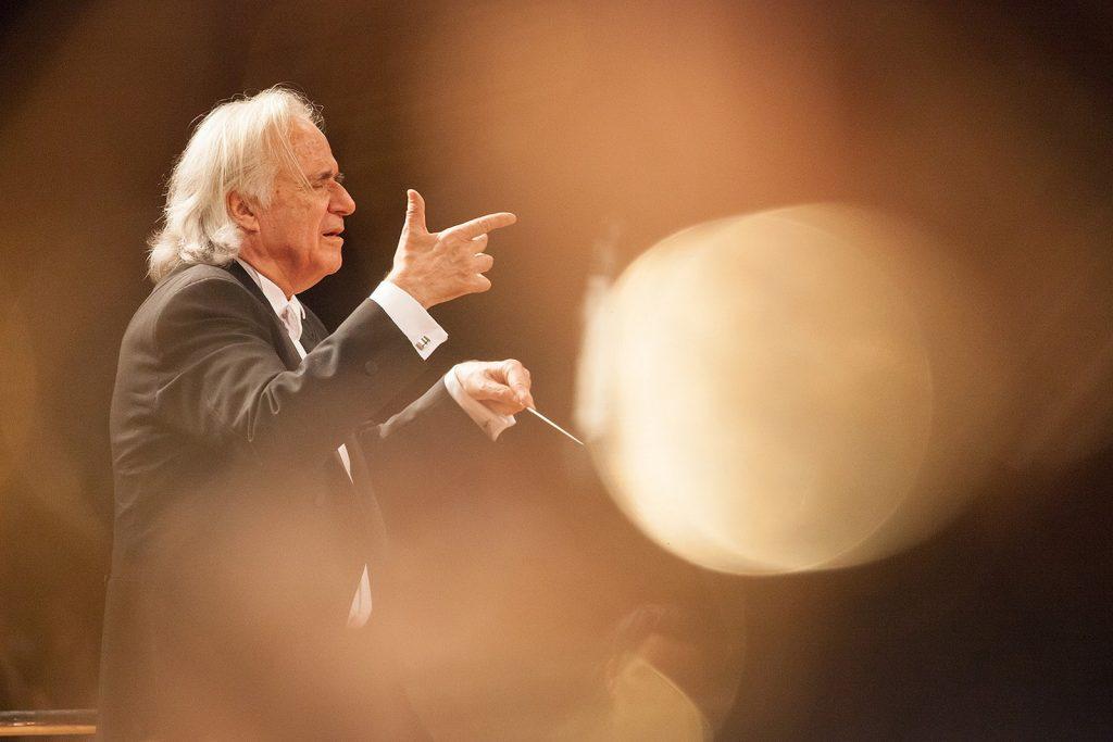 Maestro João Carlos Martins e Camerata Bachiana realizam concerto gratuito
