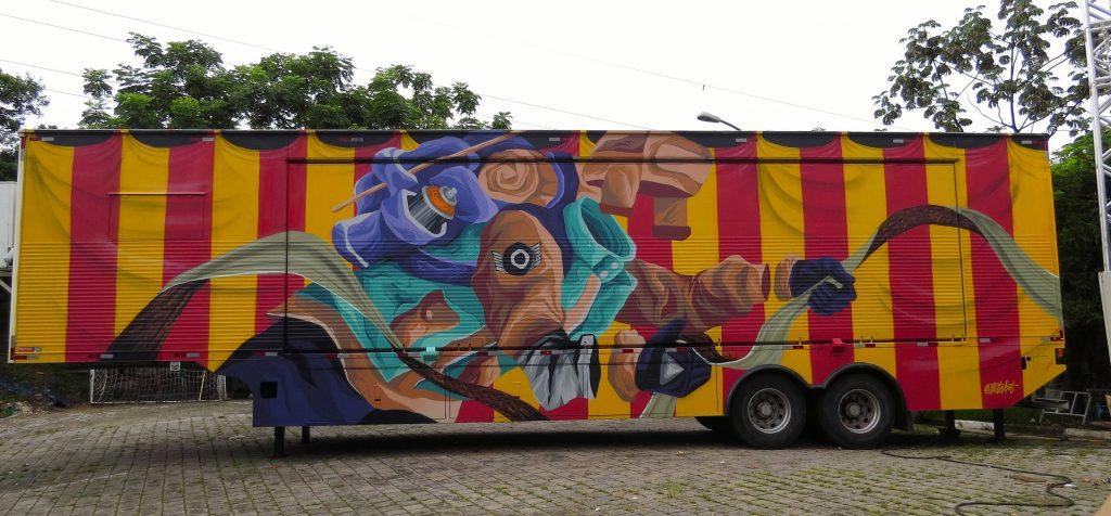 Águas recebe unidade móvel de artes e cultura do Sesi-SP