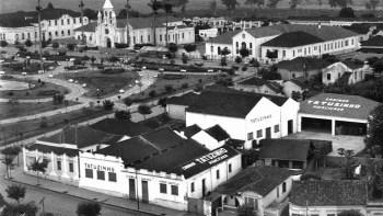 Maria do Céo, a organista das missas da Vila