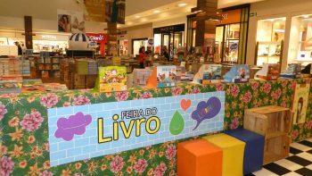 Feira do Livro reúne opções a partir de R$ 5,00 e atividades infantis gratuitas