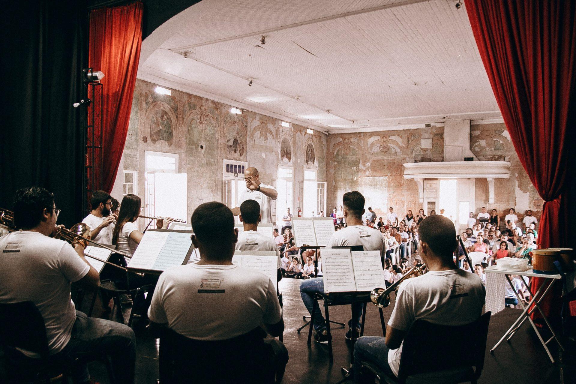 Projeto Jovens Músicos realiza Concertos de Natal