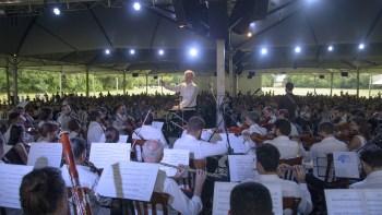 Sinfônica de Piracicaba apresenta canções dos Beatles no Gramadão da Esalq