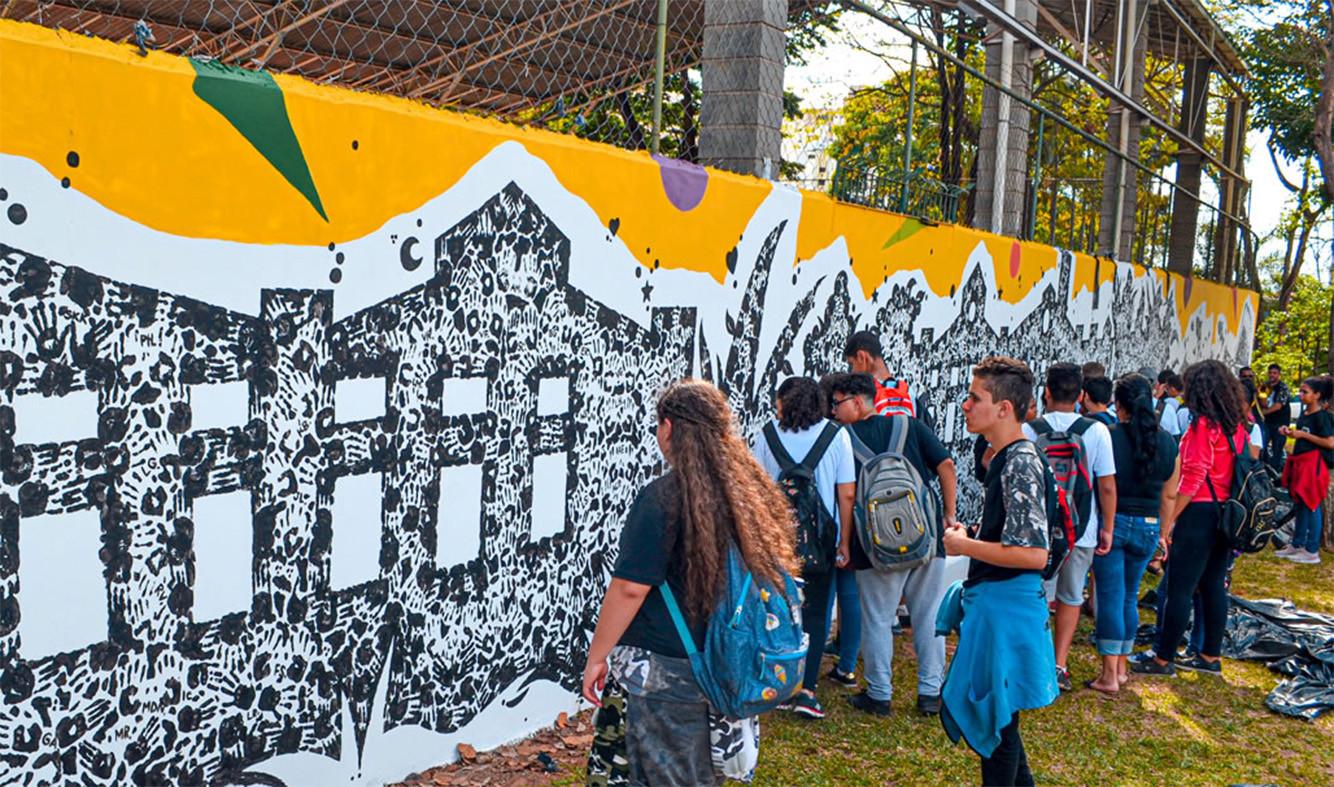 Documentário mostra processo artístico e educativo em escola pública de Piracicaba