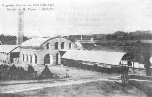 Figura 05: Edifício 5 - antiga Moenda, com a fachada original. (Pinto & Zenha, 1990).