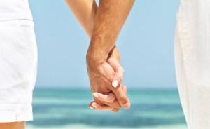 estudo-mostra-por-que-e-importante-andar-de-maos-dadas-com-o-parceiro