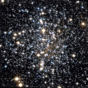 Messier_4_Hubble_WikiSky