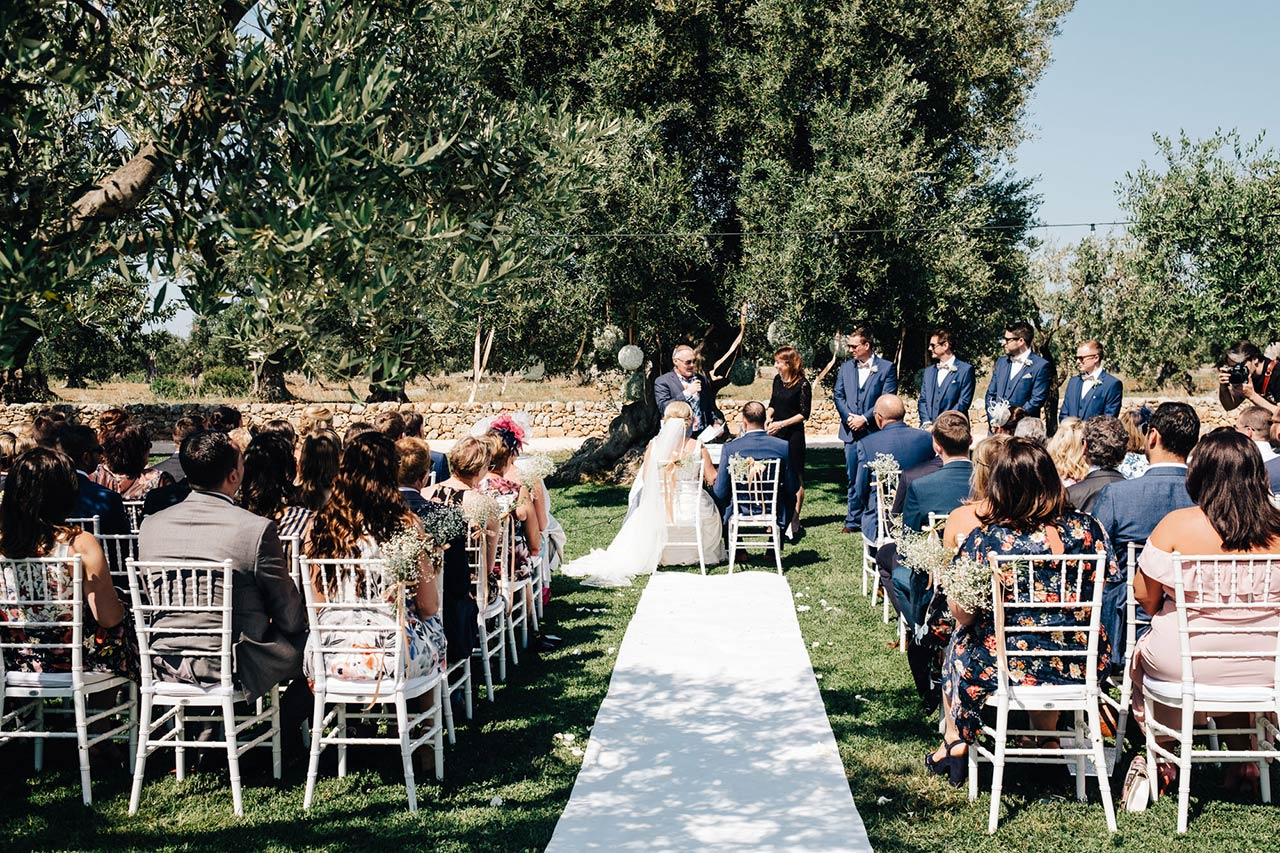 Apulian countryside ceremony celebrant