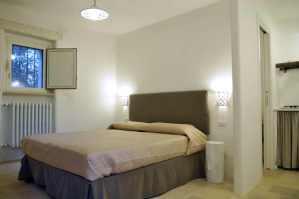Schlafzimmer in der Dependance Trullo Saettone
