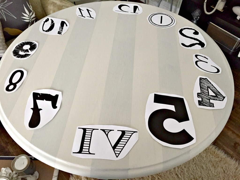 Chapin Gray General Finishes / Clock Table upcycle / how to turn a table into a clock / vintage style table / image transfer to table / apurdylittlehouse.com