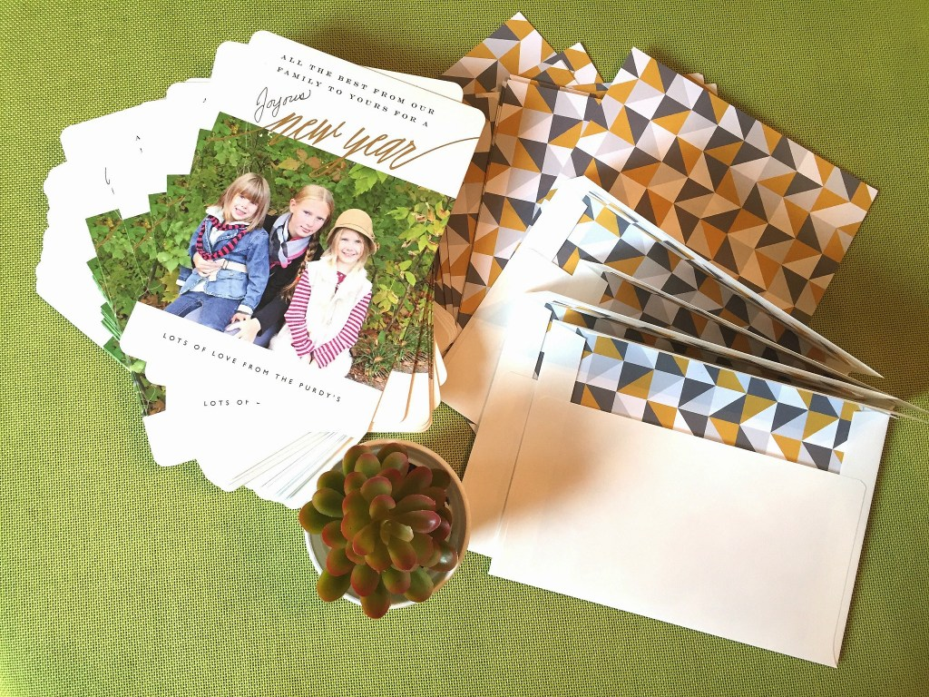 New Years Cards / Minted.com / Minted cards / high quality cards / alternative to Christmas cards / apurdylittlehouse.com