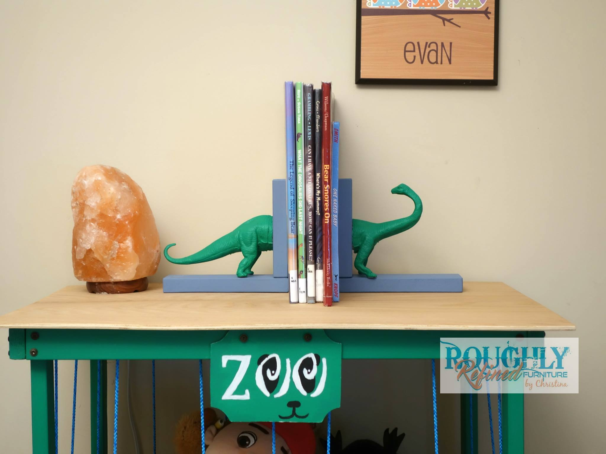 Christina From Roughly Refined Furniture Created This Absolutely Adorable Set Of Bookends For Her Boys Using A Plastic Dinosaur The Dollar Store