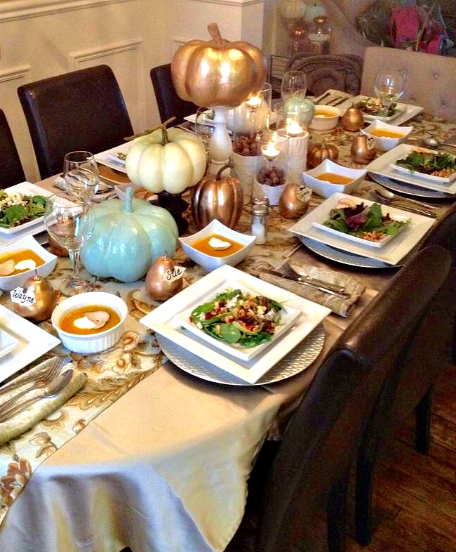 thanksgiving table3