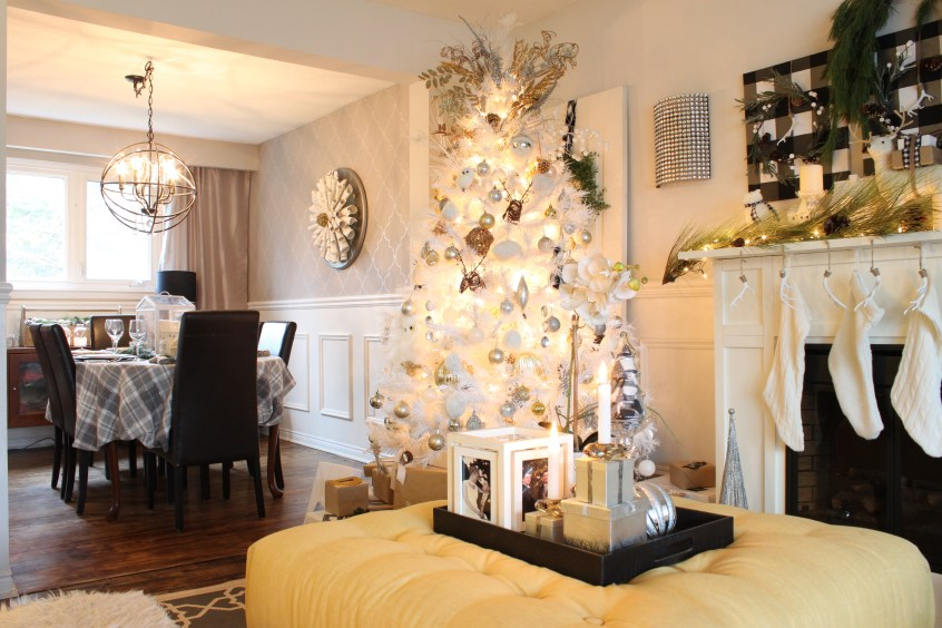 Christmas Home Tour featuring neutral decor and a white christmas tree decorated in silver, gold and white. See all the details at apurdylittlehouse.com