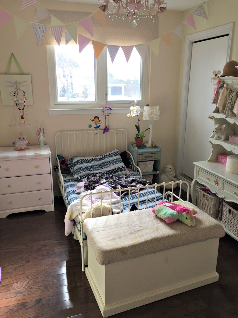 Girl's Bedroom Makeover for the One Room Challenge™ at apurdylittlehouse.com