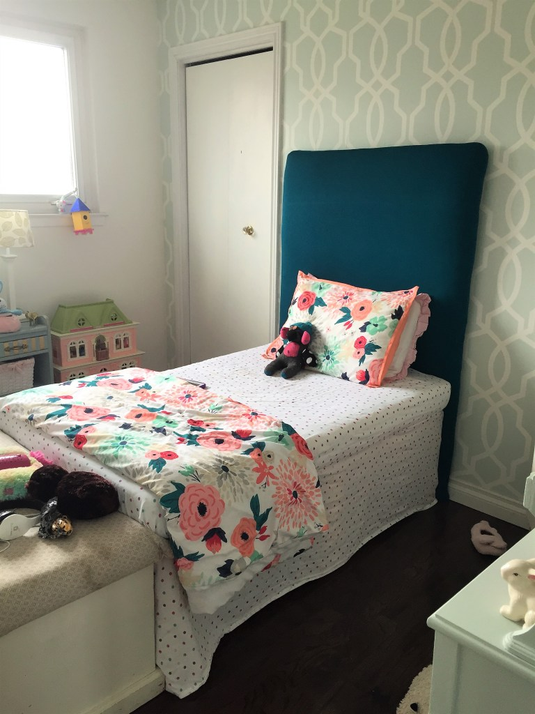 How to Build a Fabric Headboard for the One Room Challenge Girls Bedroom Makeover at apurdylittlehouse.com