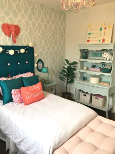 Girls Bedroom Makeover Reveal for the One Room Challenge at apurdylittlehouse.com