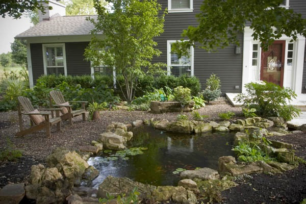 Front Yard Water Features: Boost Your Curb Appeal on Front Yard Pond  id=93150
