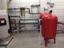 récupération d'eau de pluie : installation du pompage dans un Super U