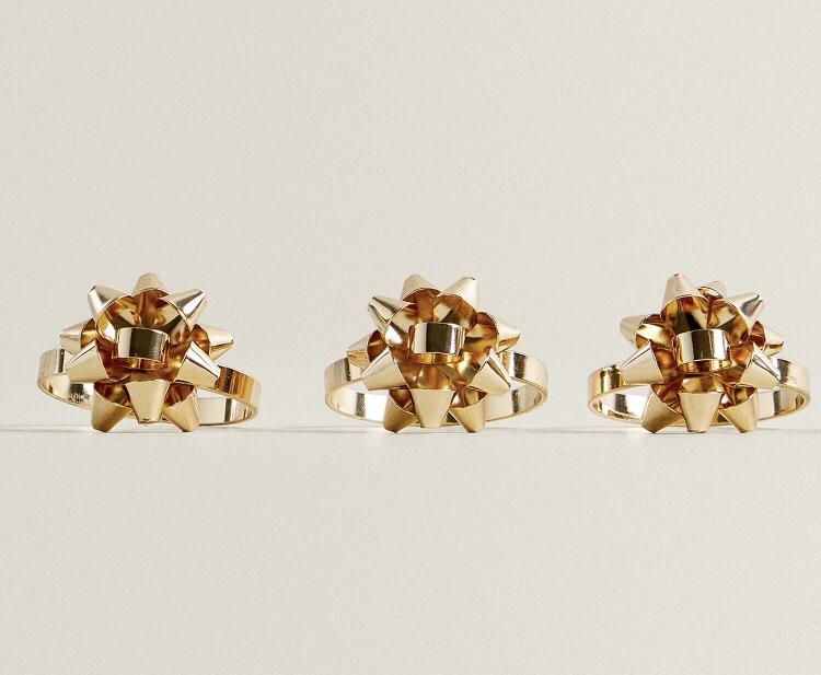 Servilleteros Dorado Estrella (Pack de 4) de Zara Home