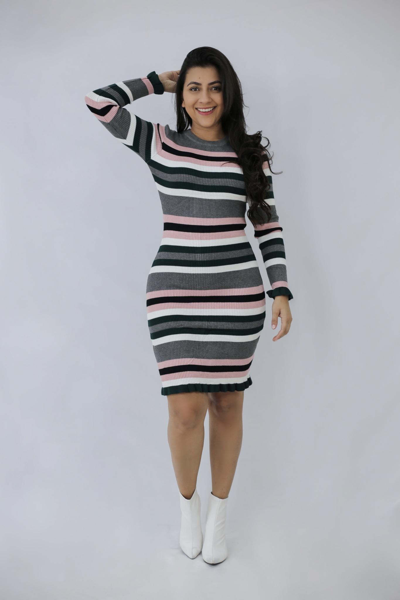 3806bc11be84 Vestido Tricot Listras Rose em Áquila Tauheny Store | Moda Evangélica