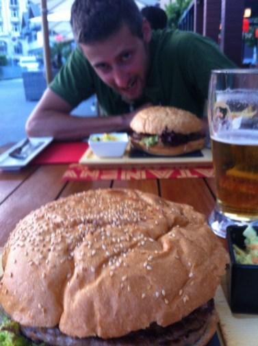Meritato maxi-hamburger!
