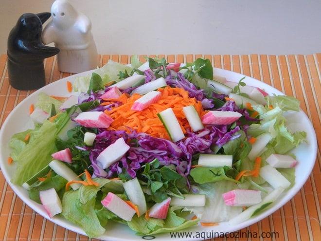 Salada com kani