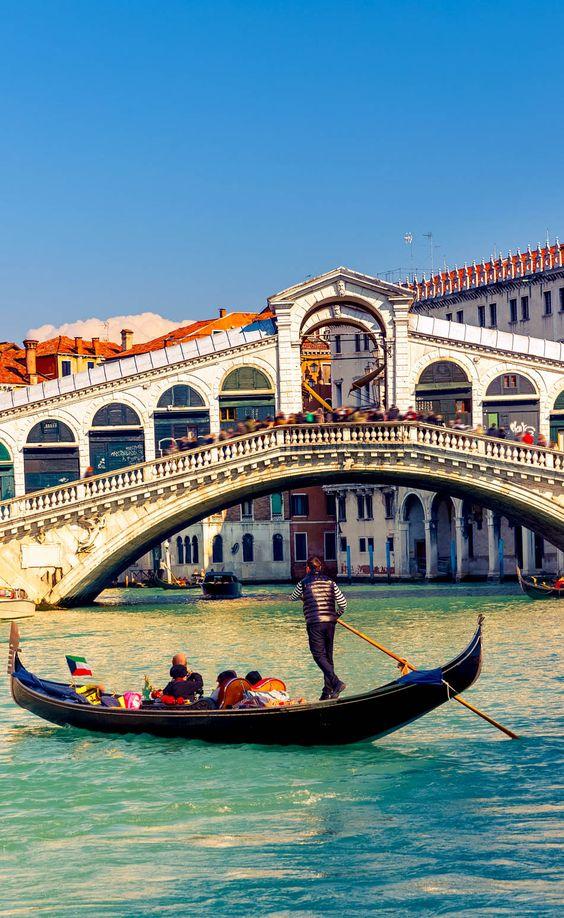 جسر ريالتو فينيسيا
