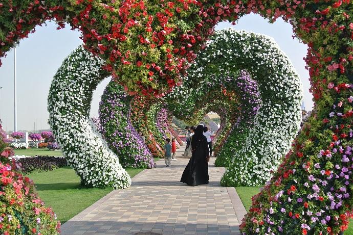 حديقة الازهار فى دبى