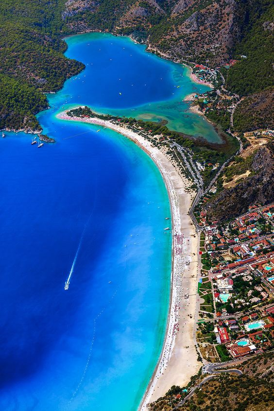 شاطئ أولودينيز فى تركيا
